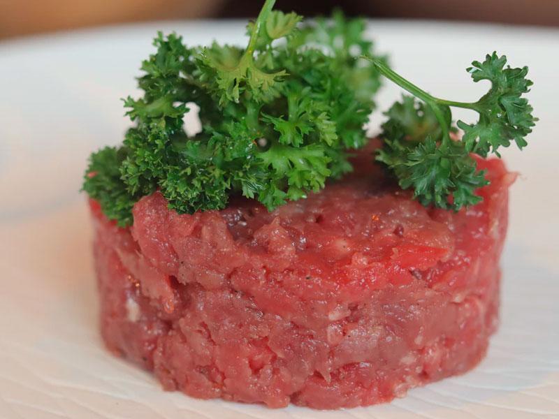 Steak tartar, una elaboración con mucha historia - Carnicería Sergio y Julio